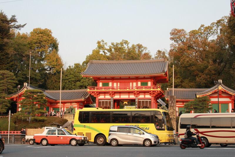 八坂神社 正面