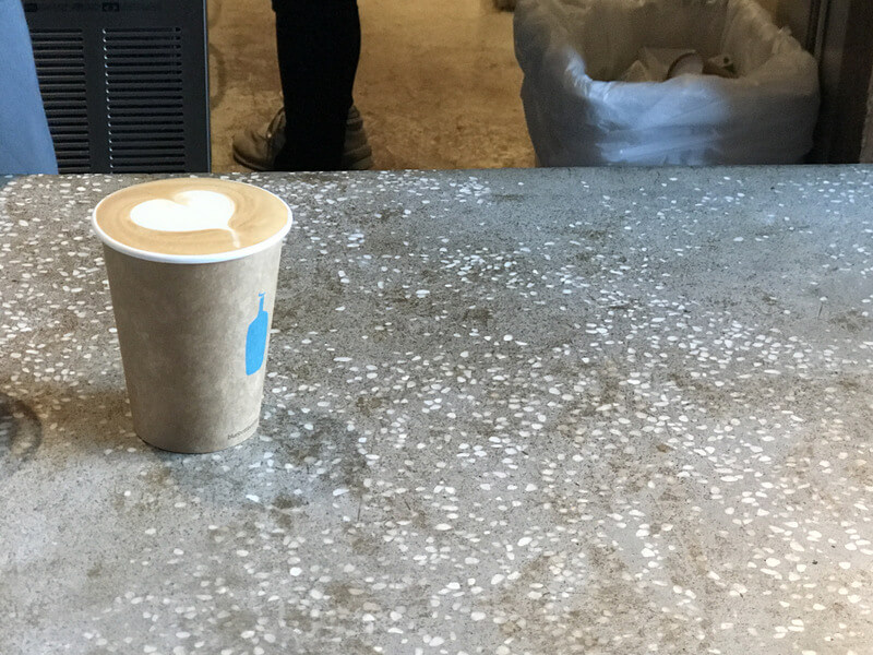 ブルーボトルコーヒーのカフェラテ