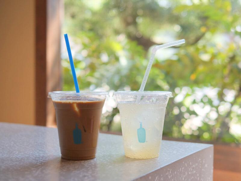 ブルーボトルコーヒーのレモネードとアイスコーヒー