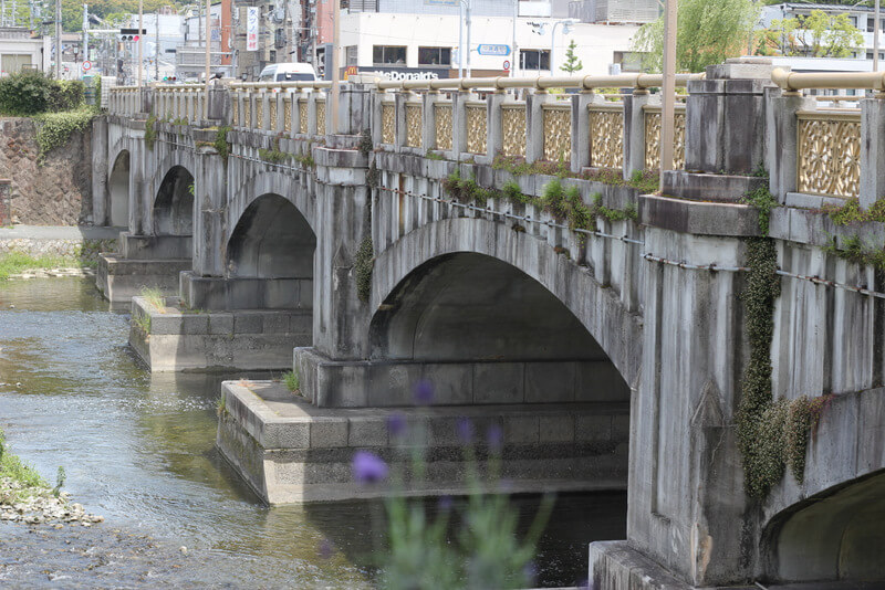七条通に架かる橋