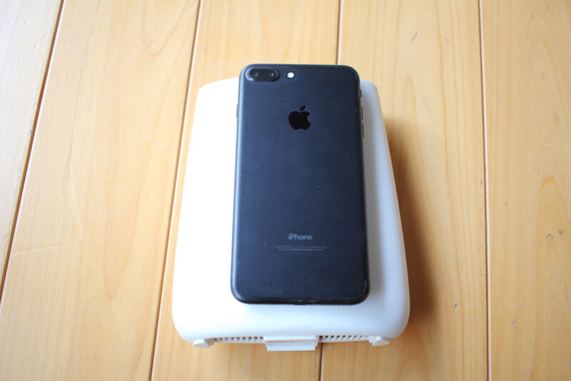 iphone7plusを乗せてみる