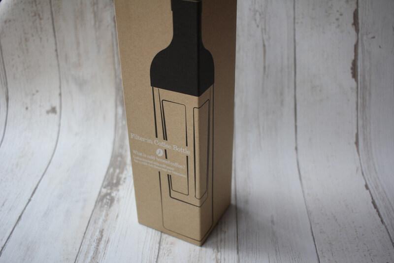 ハリオフィルターインコーヒーボトルの外箱